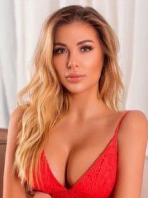 Linda, Housewife Escorts in Alambagh, Lucknow
